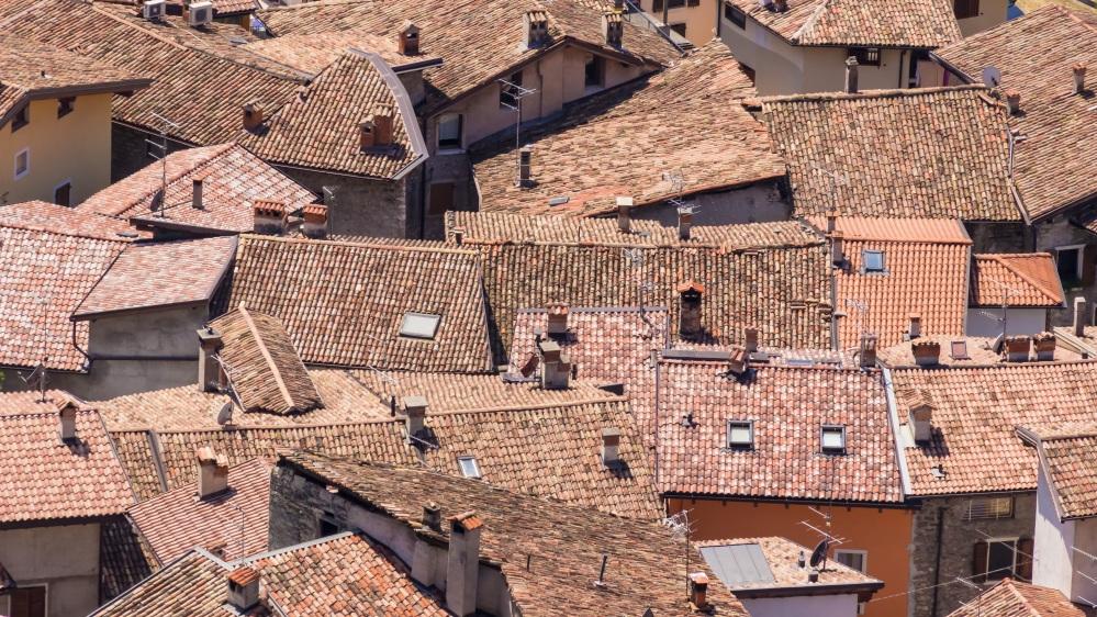 roofs-919460.jpg